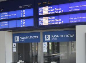 wyświetlacze informacji pasażerskiej dla kolei