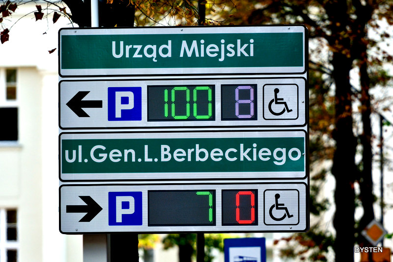 manufacturer of parking information displays for the city center