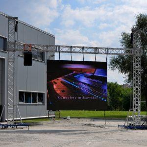 ekran telebim mobilny przenośny modułowy eventowy