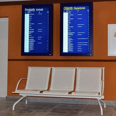 Display of next 20 departures and arrivals