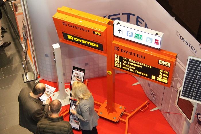 DYSTEN tablice informacji pasażerskiej dla miast