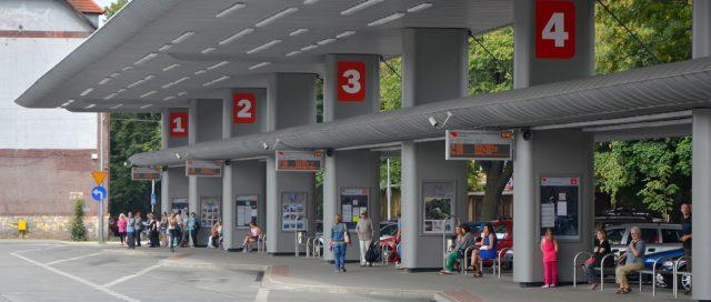 tablice informacji pasażerskiej centrum przesiadkowe