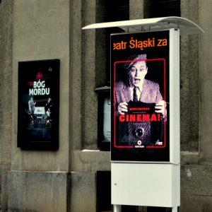plakat elektroniczny, totem reklamowy