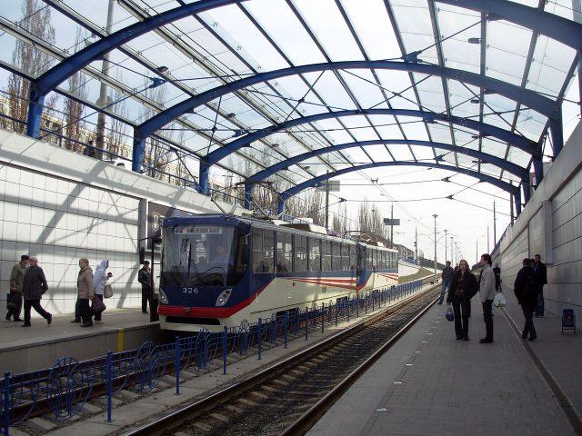 Stacja linii szybkiego tramwaju w Kijowie