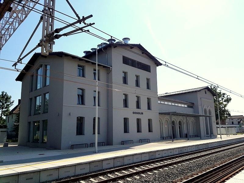Railway station PKP SA dworzec Gogolin
